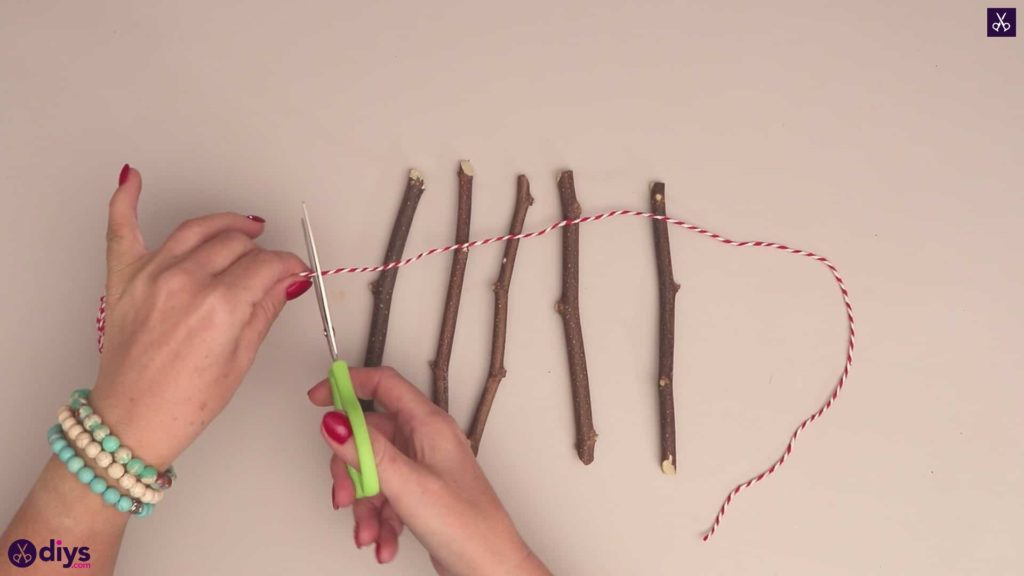 Diy twig star craft string