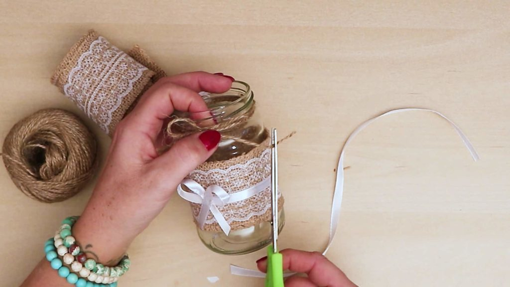 Diy vintage mason jar craft cutting string
