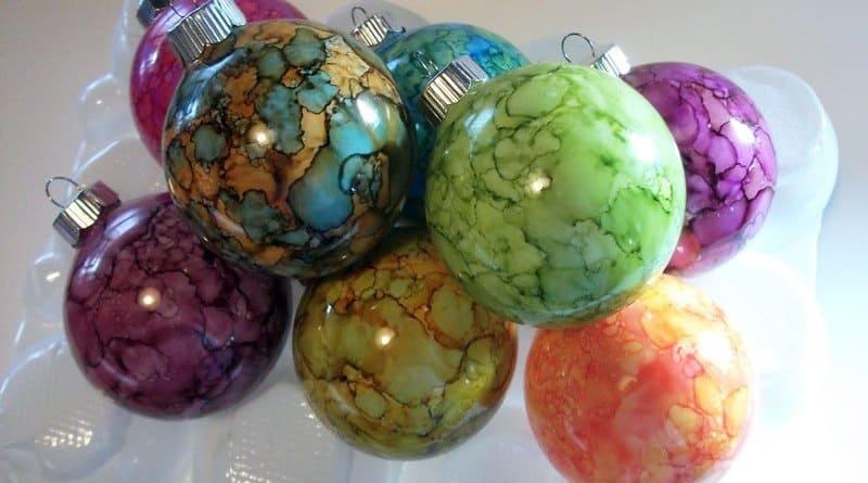 Diy beautiful alcohol ink ornaments