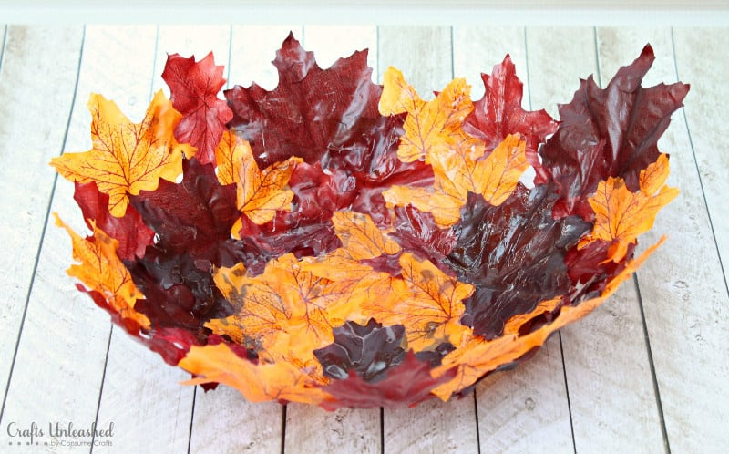 Decorative leaf bowl