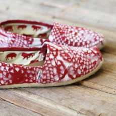 Doily painted sneakers