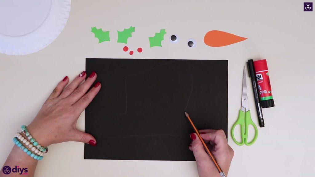 Paper plate snowman head draw