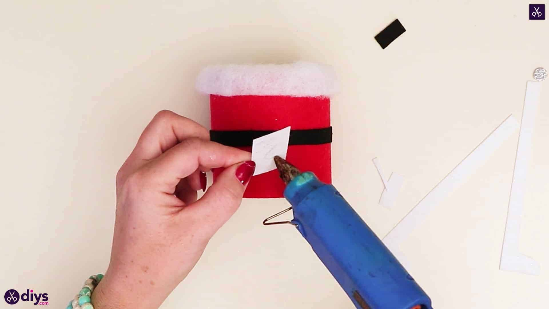 Tin can santa candy holder attach white