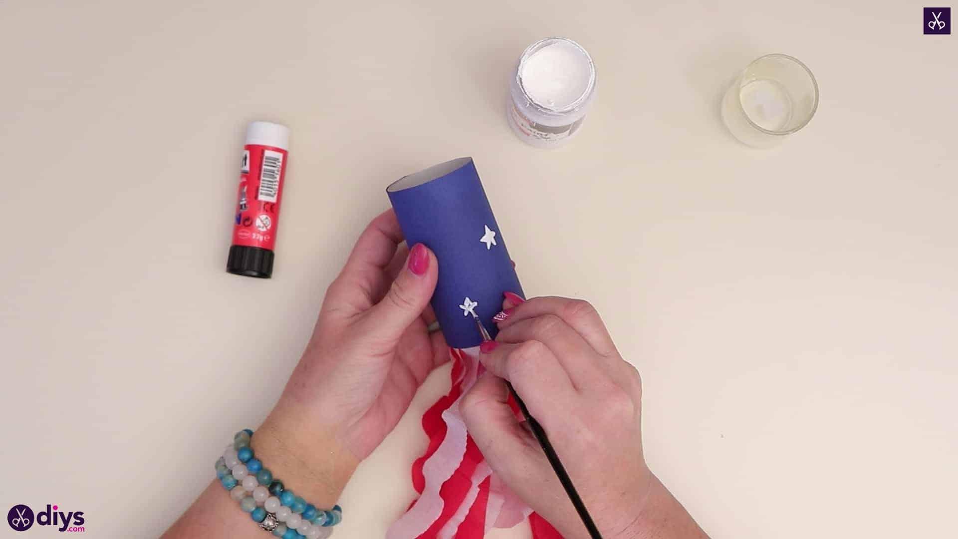 Toilet paper roll patriotic blower stars