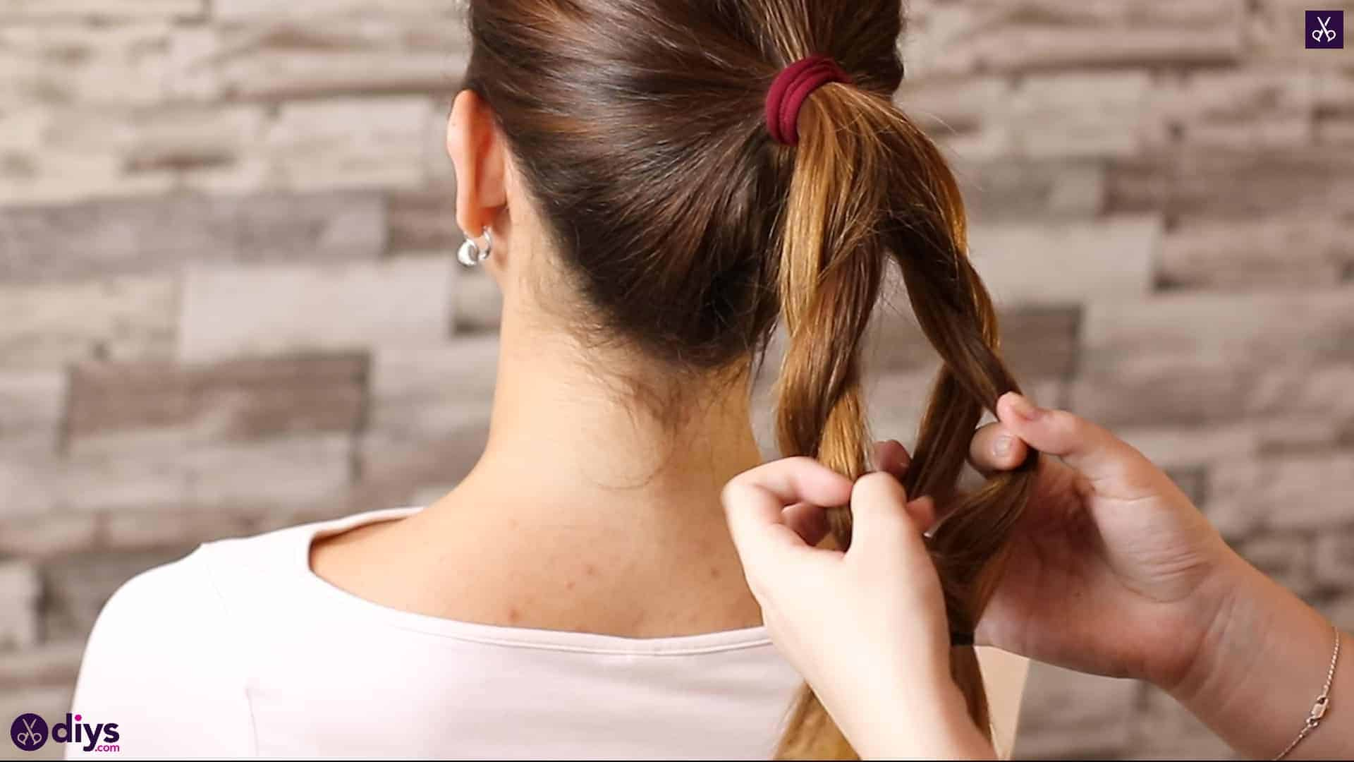 3 easy ponytails for everyday wear tutorial step 3b