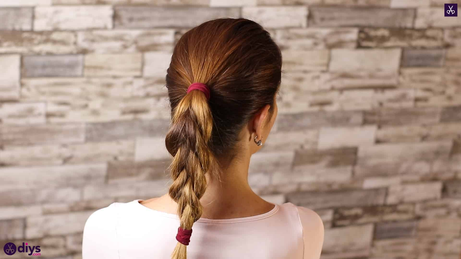 3 easy ponytails for everyday wear tutorial step 4d
