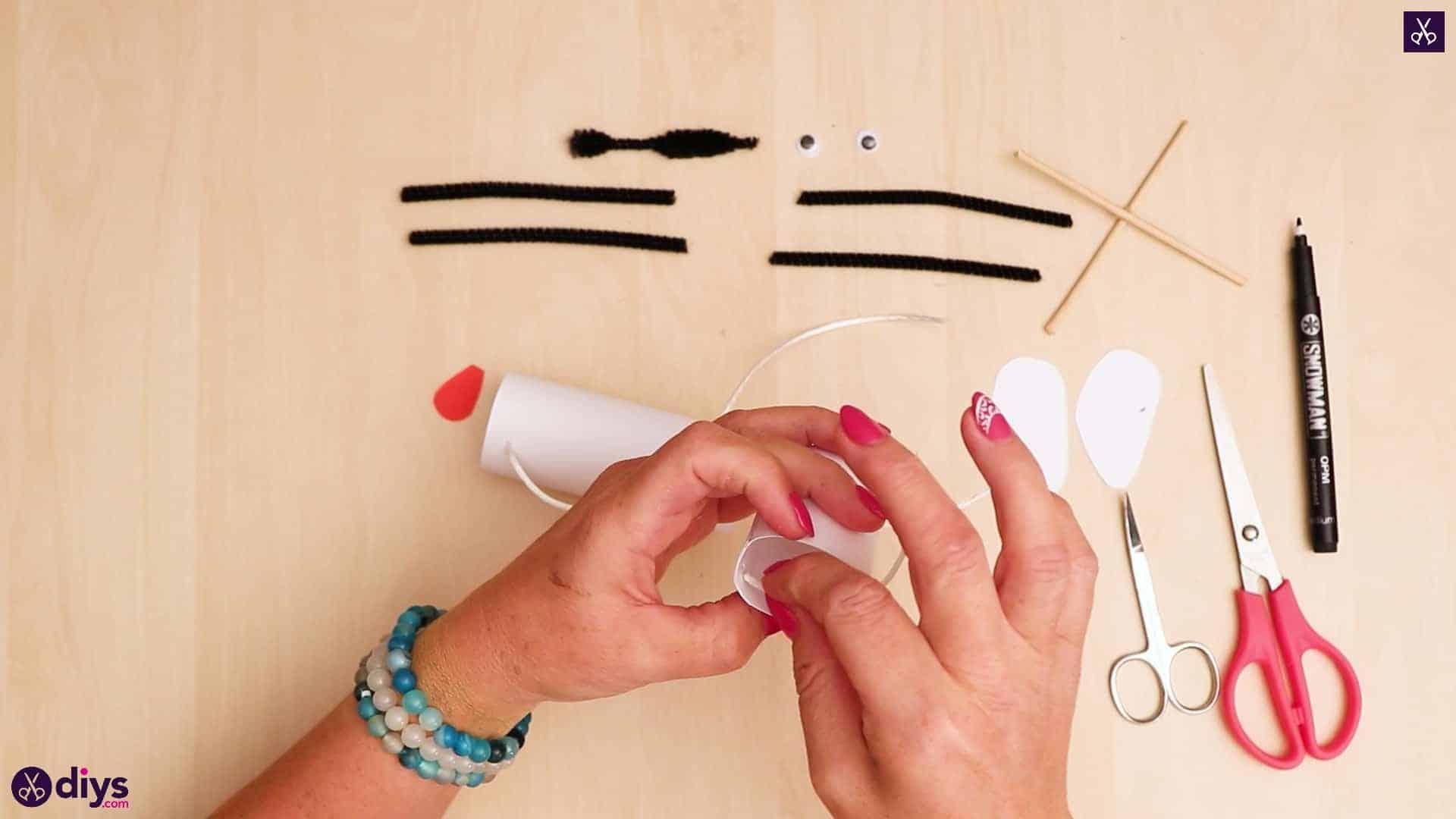 3d paper dog puppet step 8d