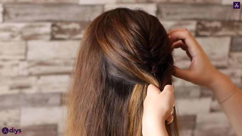 Beautiful and elegant hairstyle tutorial 23