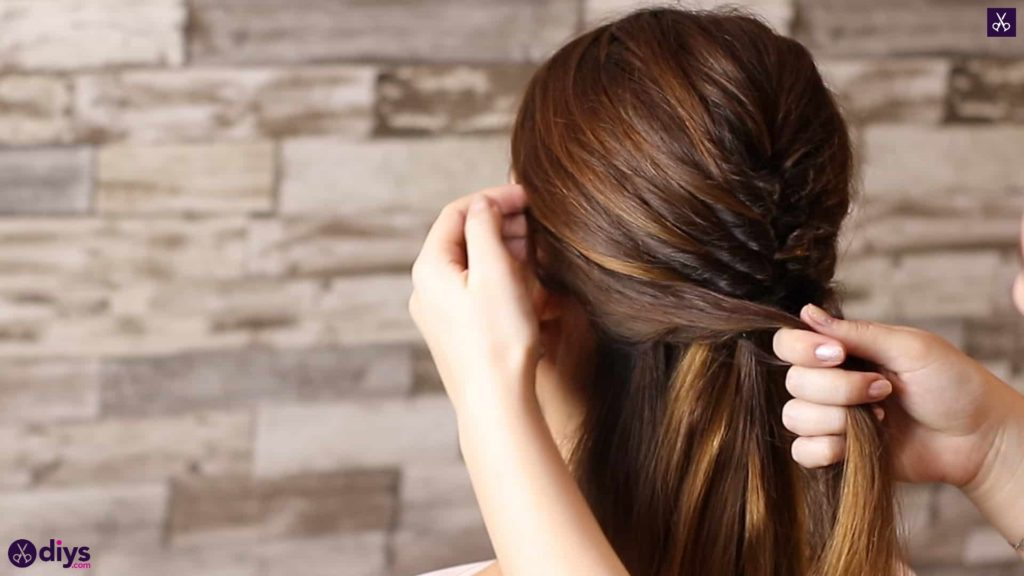 Beautiful and elegant hairstyle tutorial 36