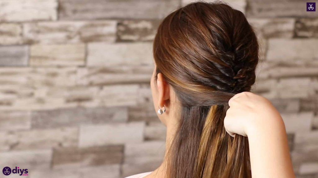 Beautiful and elegant hairstyle tutorial 37