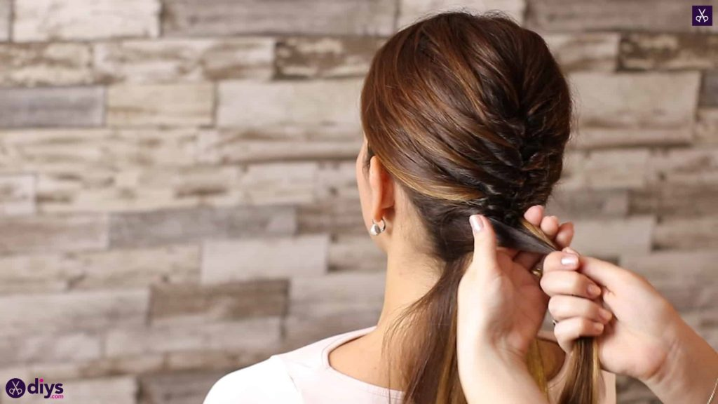 Beautiful and elegant hairstyle tutorial 40