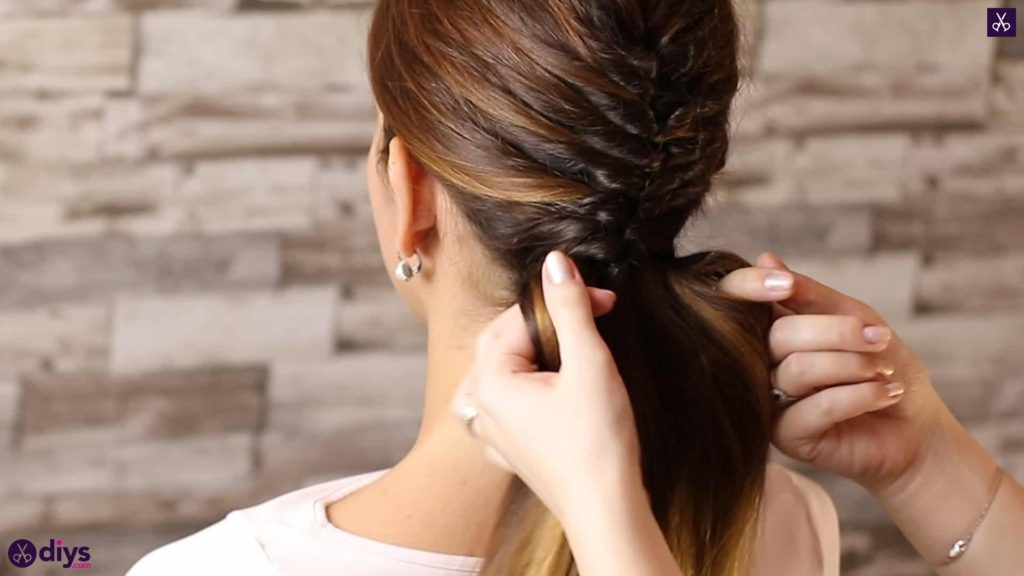 Beautiful and elegant hairstyle tutorial 45