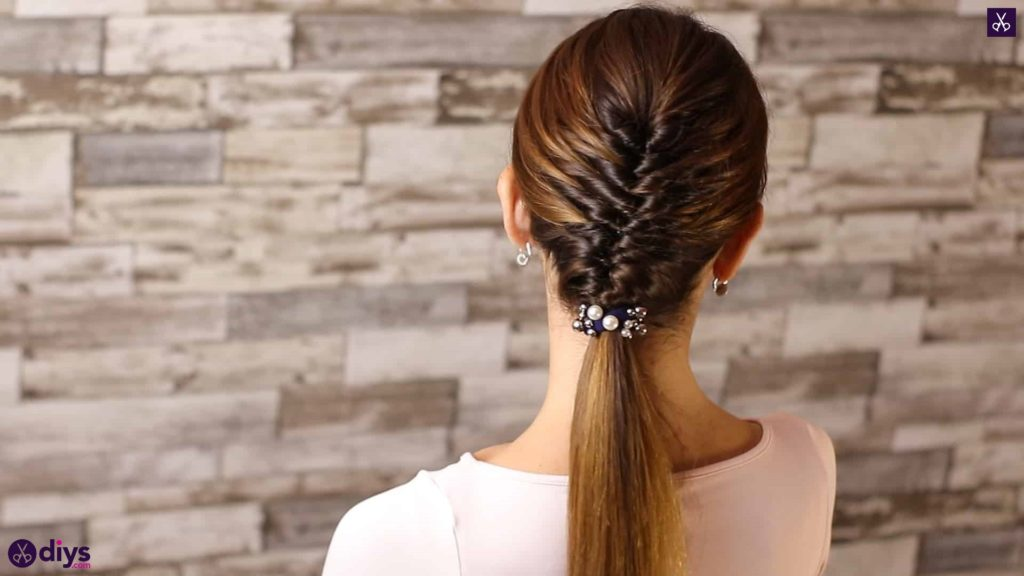 Beautiful and elegant hairstyle tutorial 59