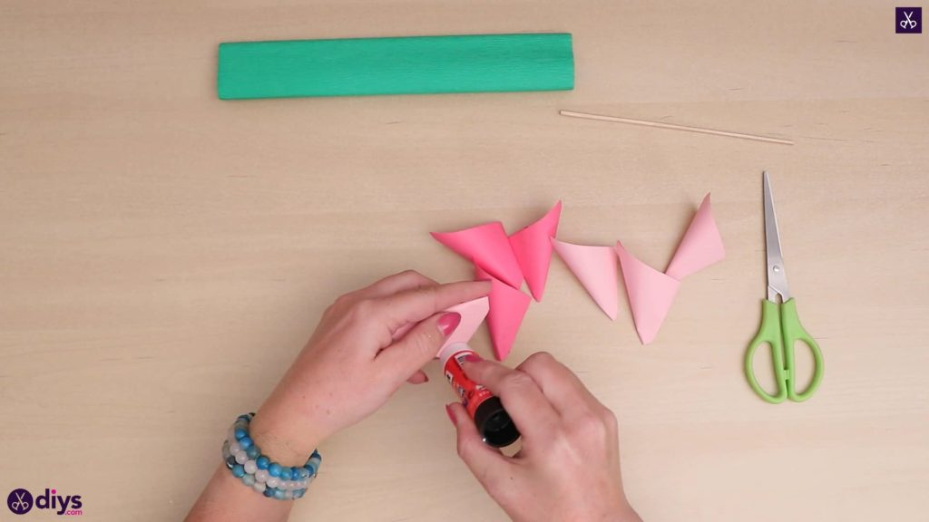 Diy 3d paper flower step 4