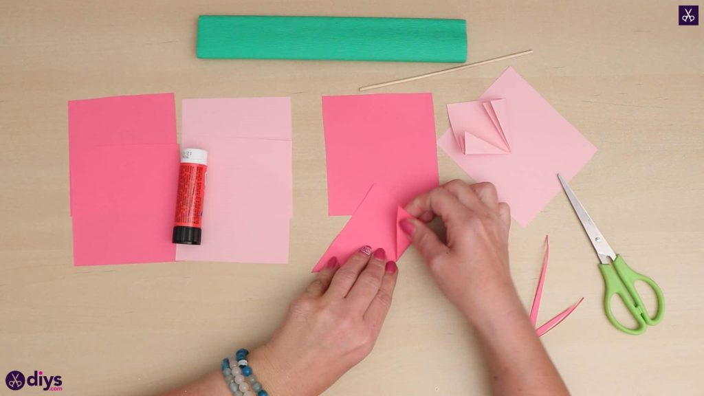 Diy 3d paper flower triangle