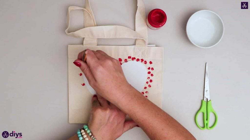 Diy heart tote bag press dots