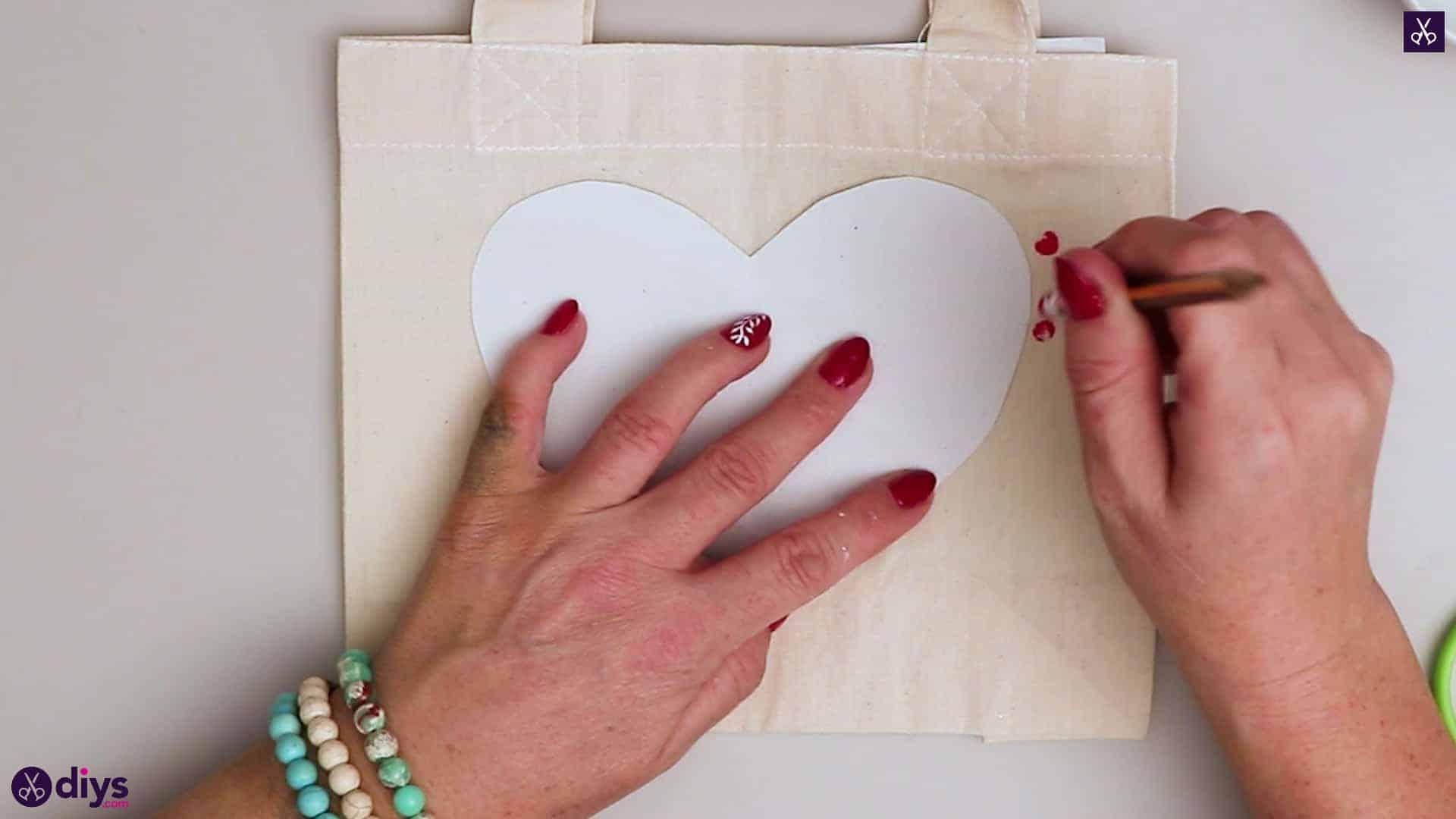 Diy heart tote bag stencil