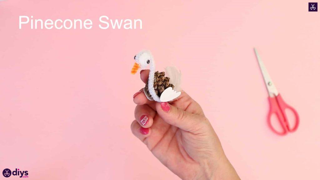 Diy simple pinecone swan