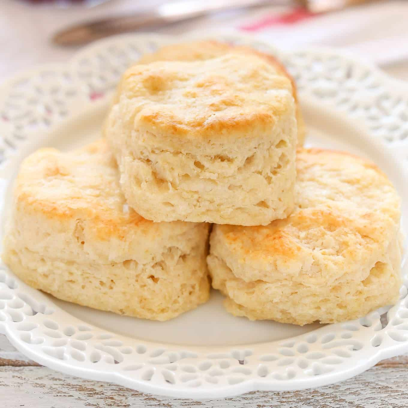 Easy classic buttermilk biscuits