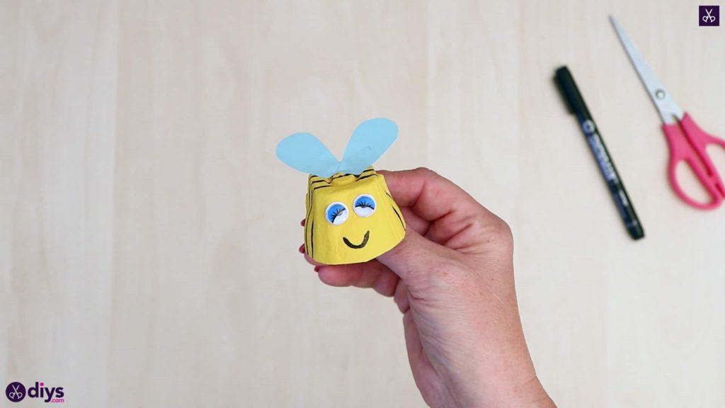 کارتن تخم مرغ خنده دار