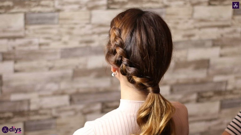Elegant side braid hairstyle1