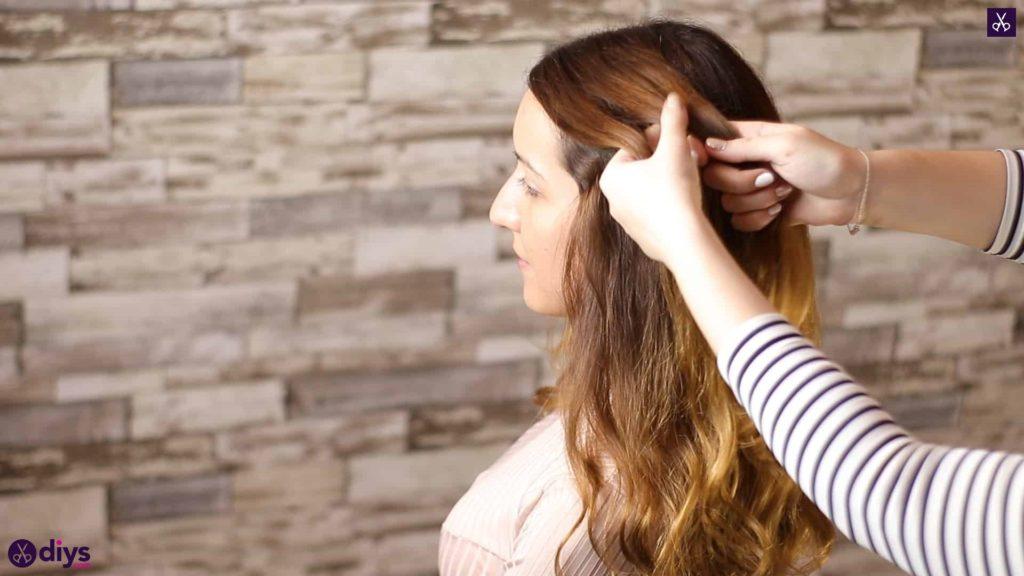 Elegant side braid hairstyle7