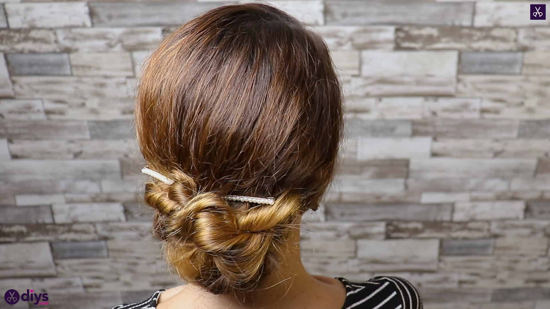Elegant and easy wedding bun hairstyle for guests bridal