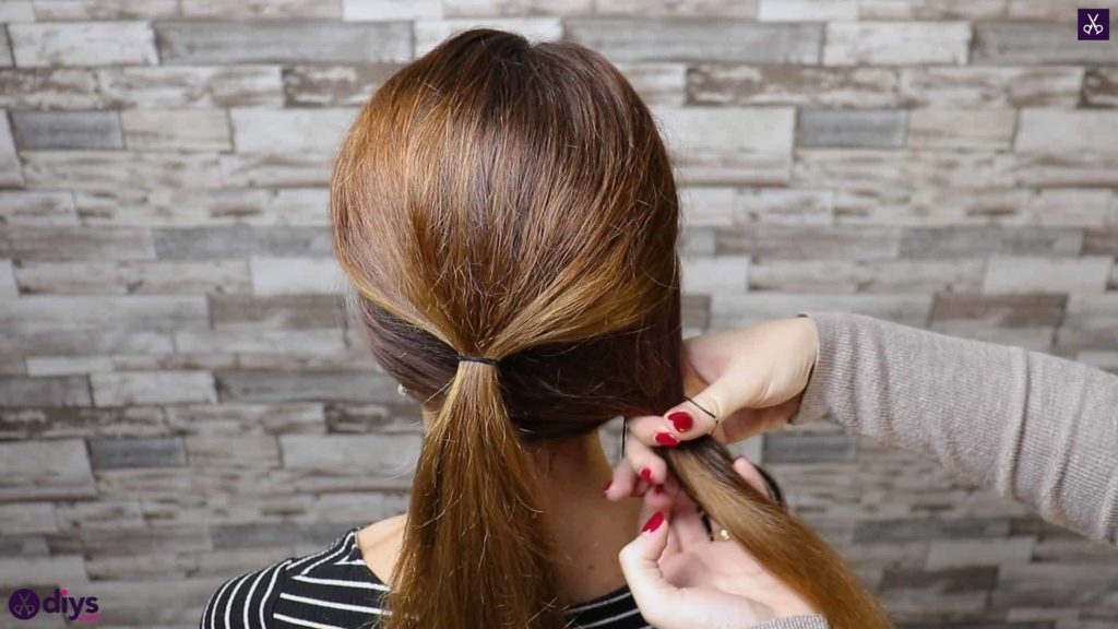 Elegant and easy wedding bun hairstyle for guests step 1e