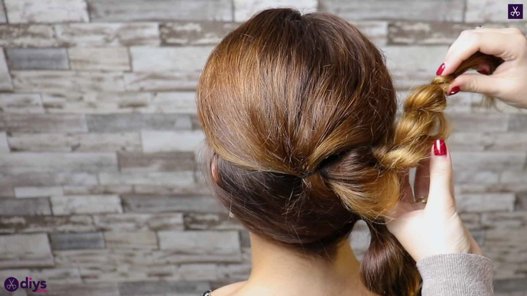 Elegant and easy wedding bun hairstyle for guests step 3