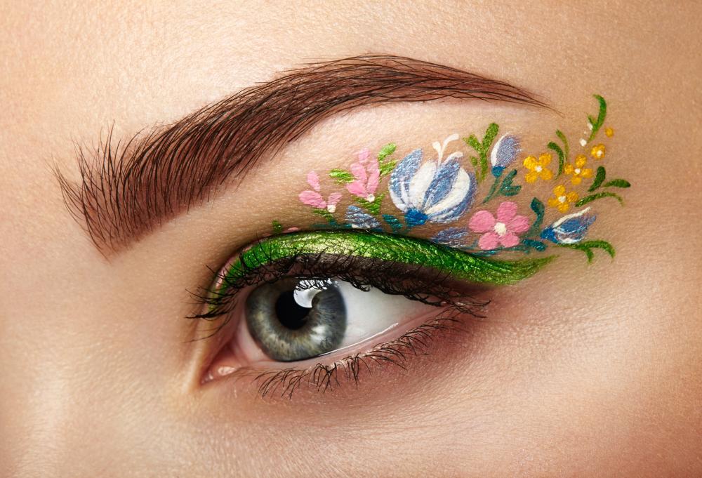 Fairy eyeliner