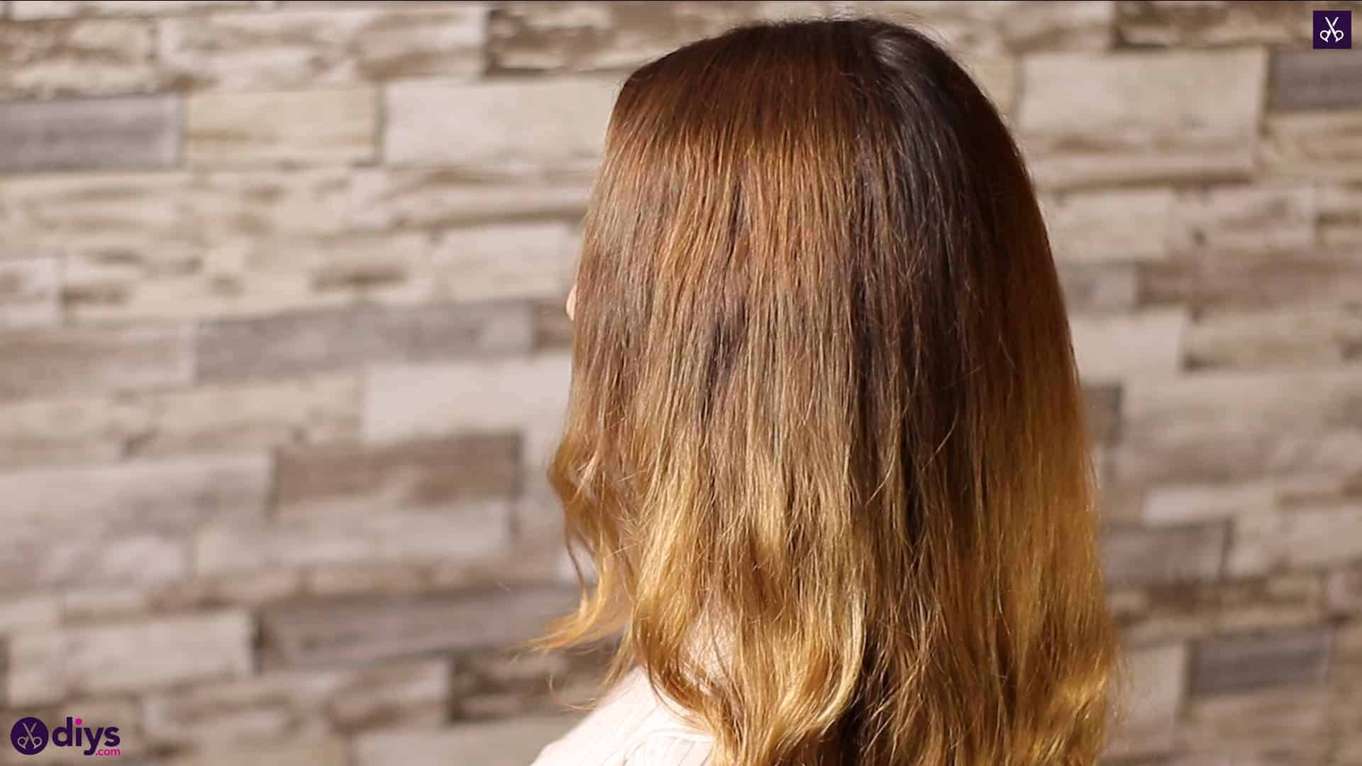 Half up, half down hairstyle for spring7
