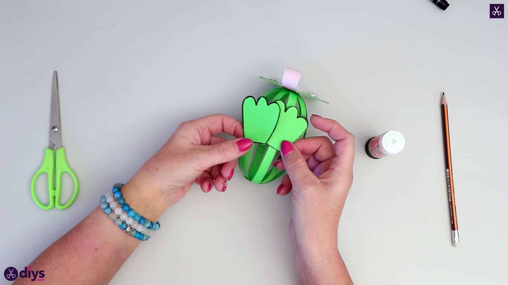 How to make paper frog free kids craft