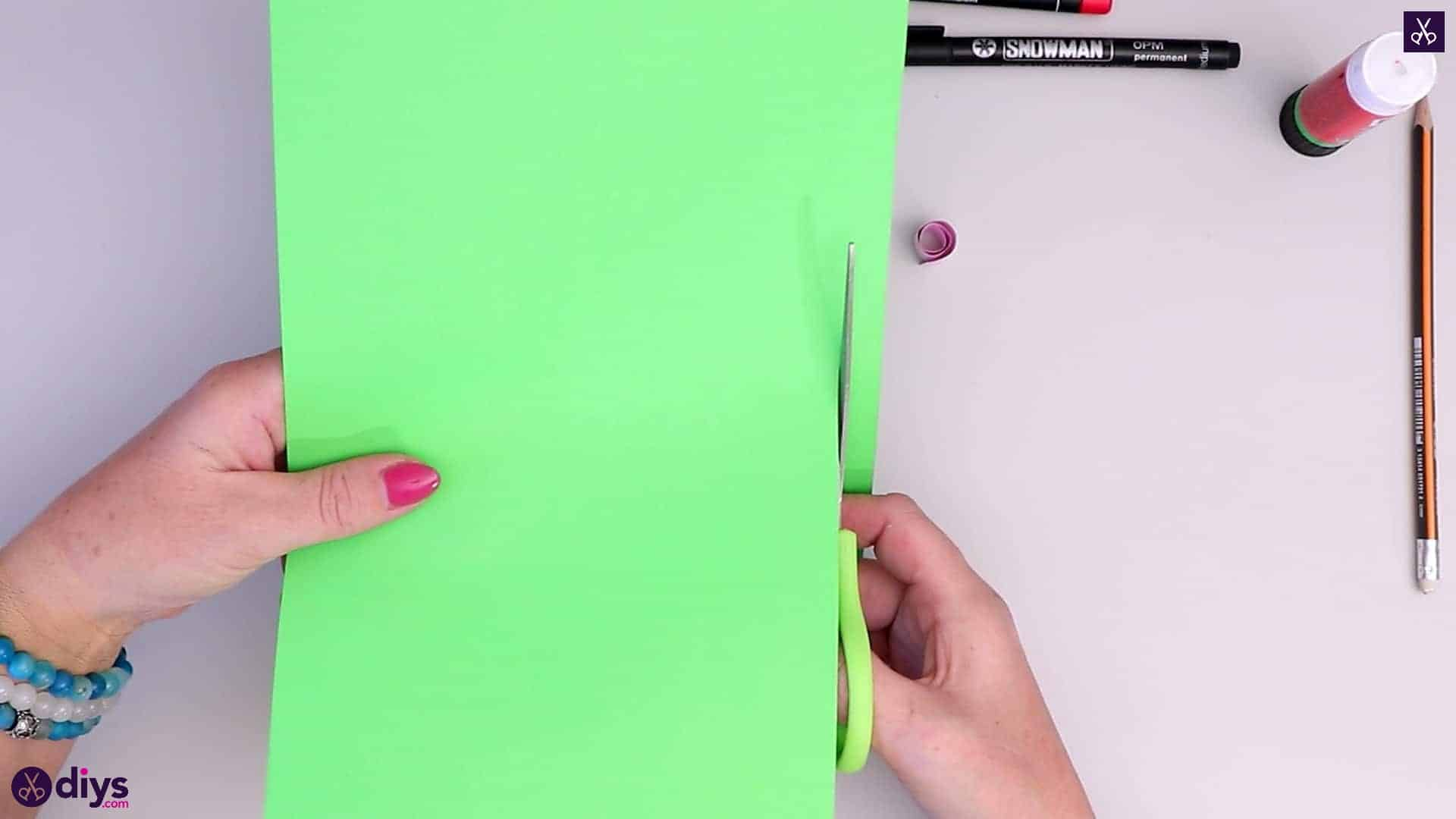 How to make paper frog green paper