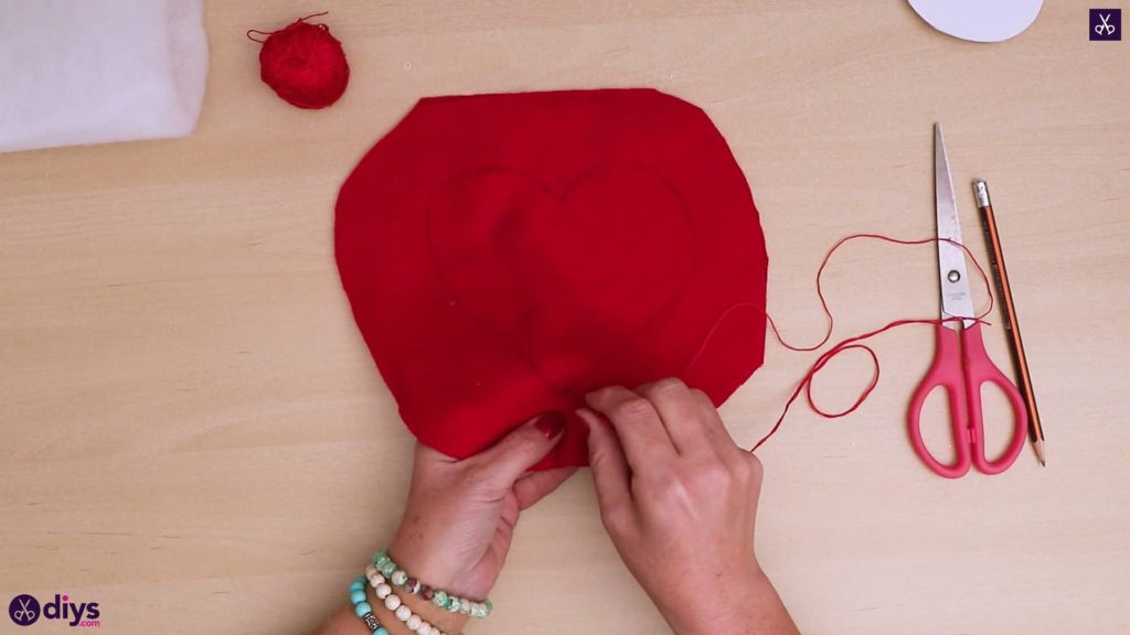 How to make a heart pillow 5