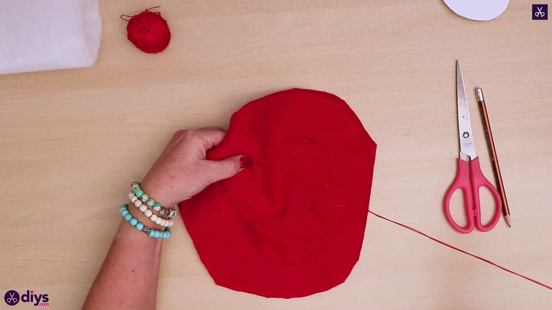 How to make a heart pillow 5b