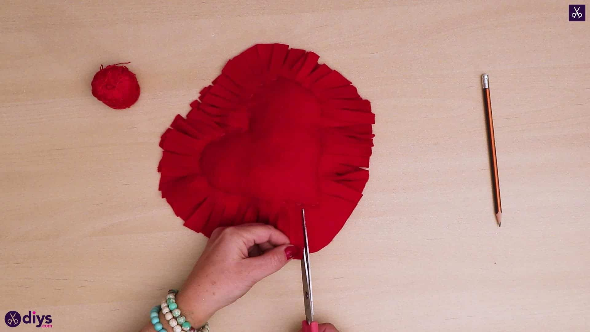 How to make a heart pillow 8b