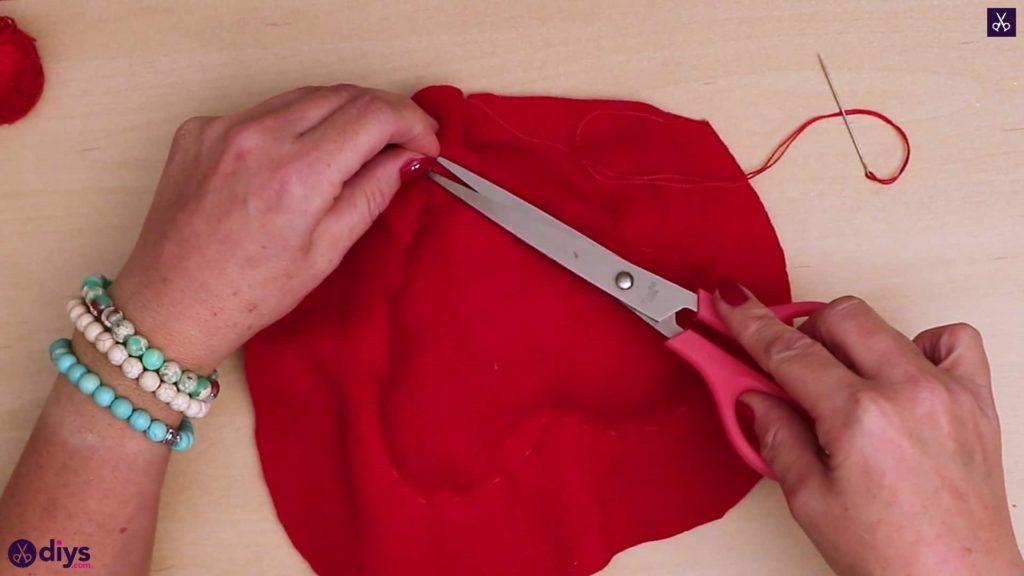 How to make a heart pillow scrissoris