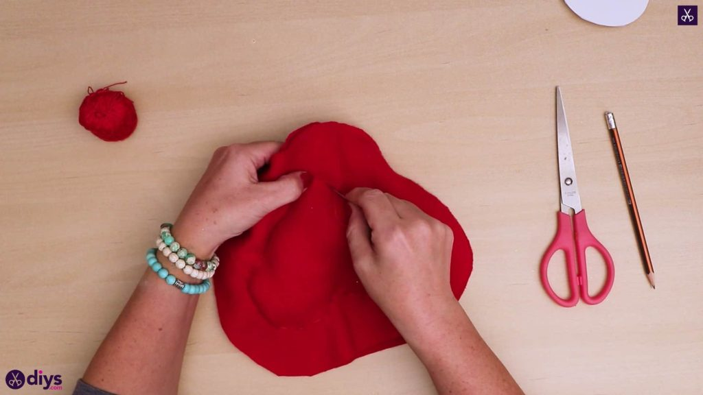 How to make a heart pillow switch