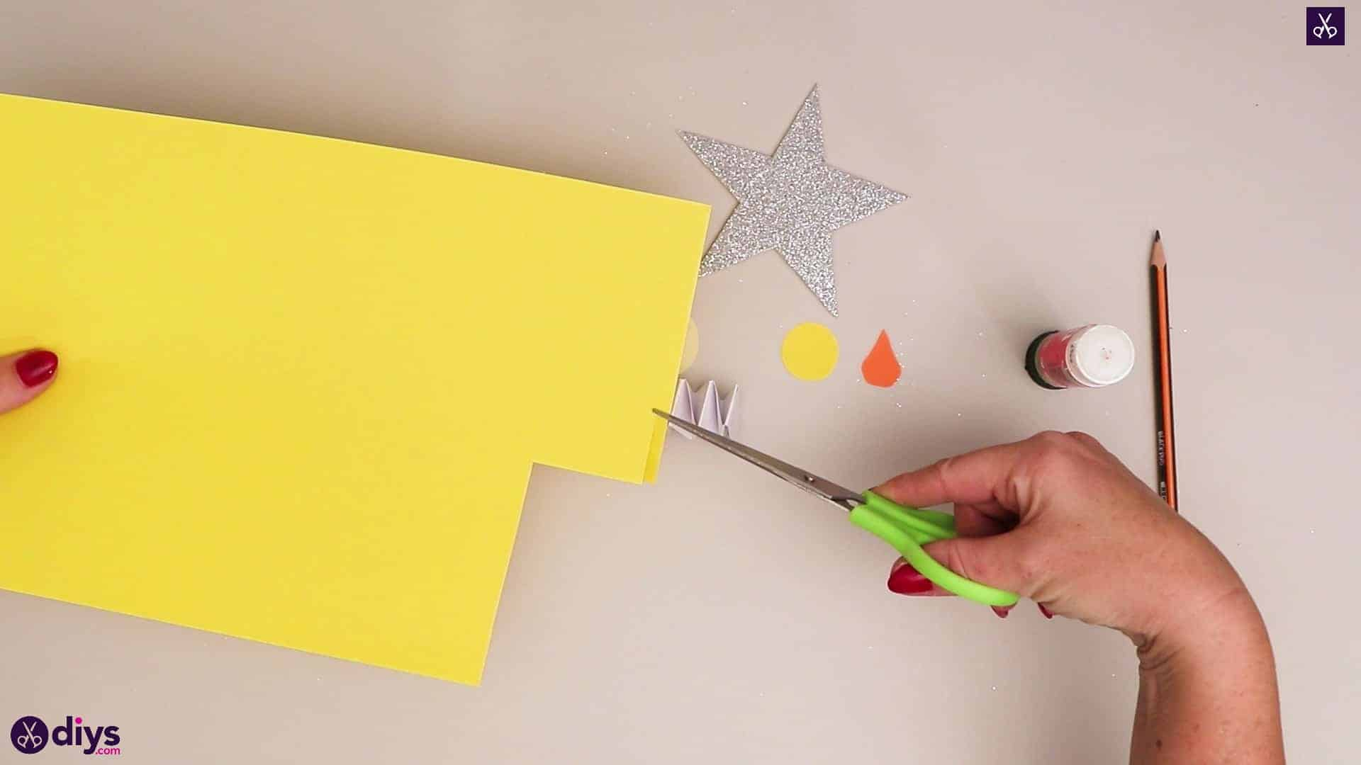 Paper candle on a star step 6