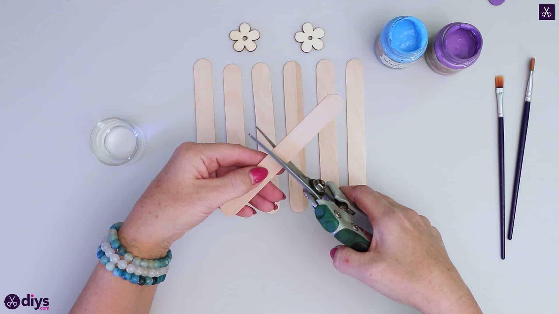 Popsicle stick napkin holder cutting