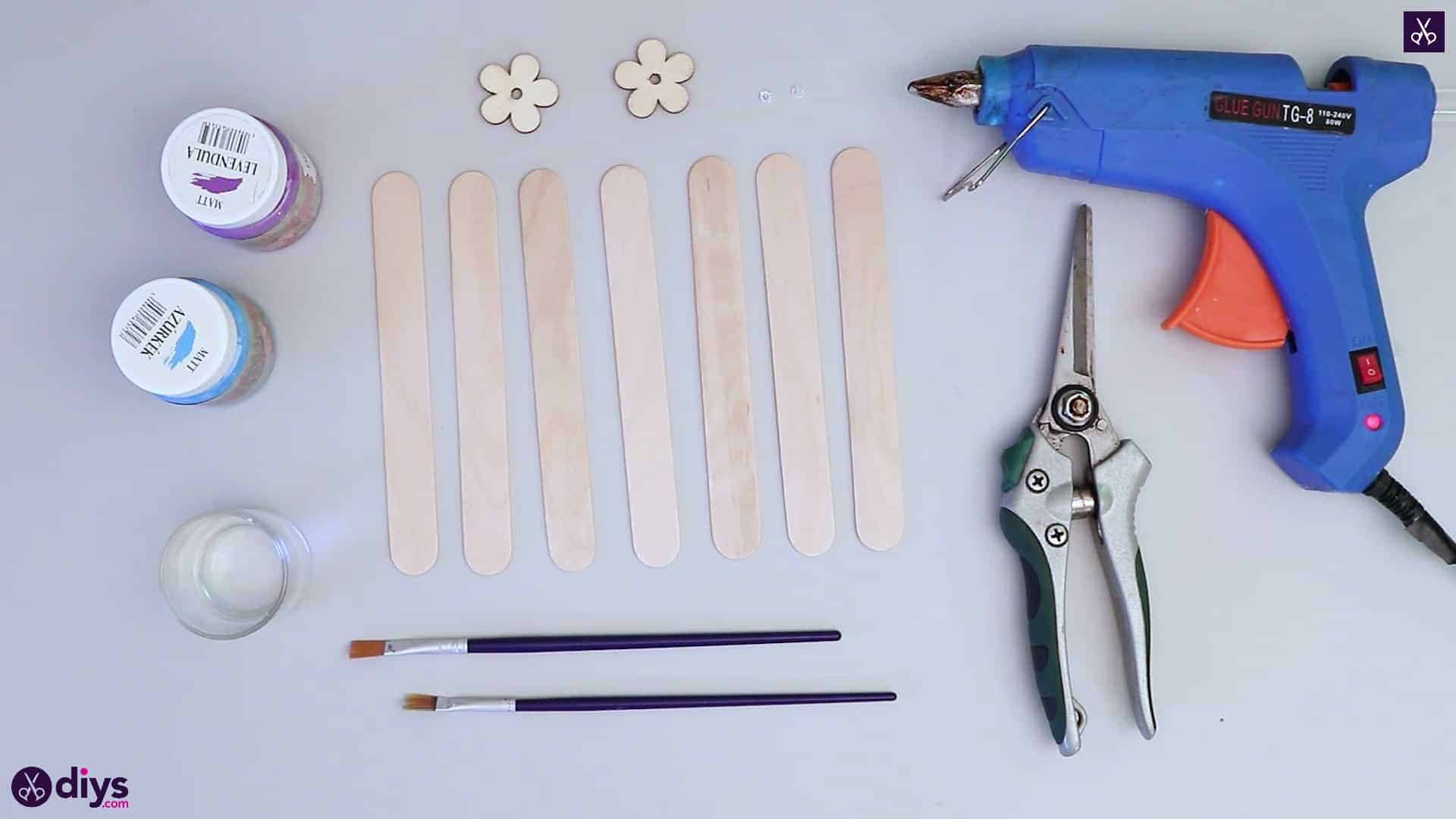 Popsicle stick napkin holder materials