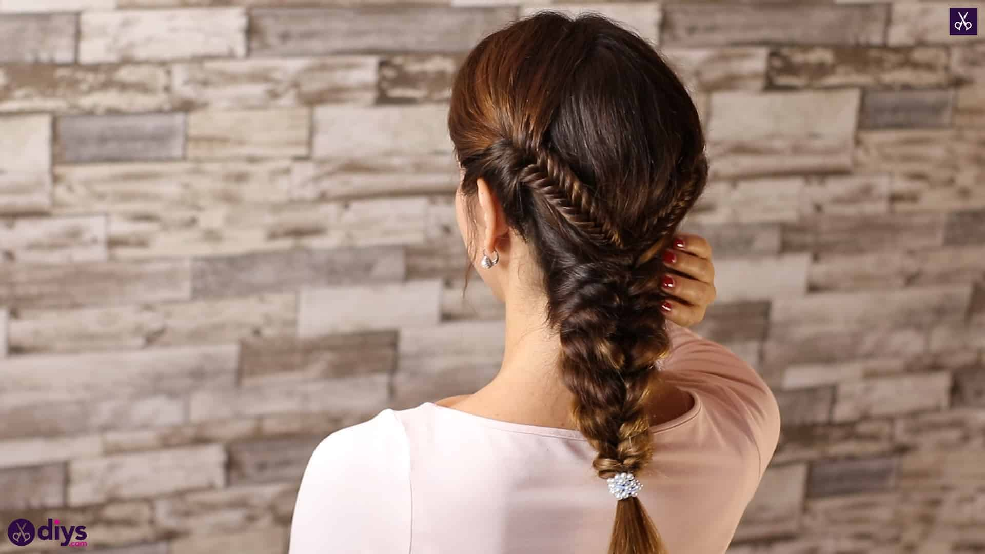 Romantic prom hairstyle tutorial step 1