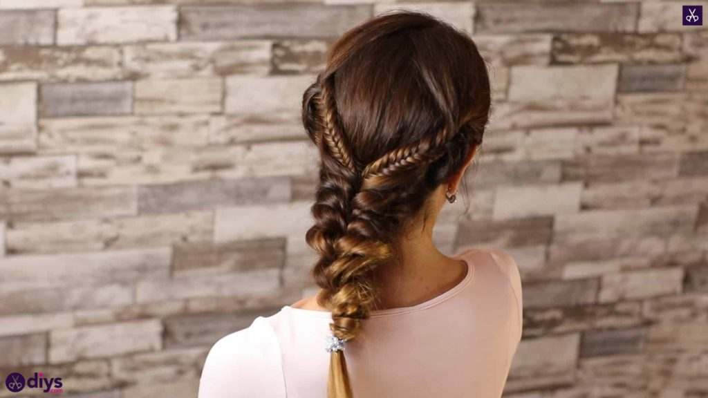 Romantic prom hairstyle tutorial step 2