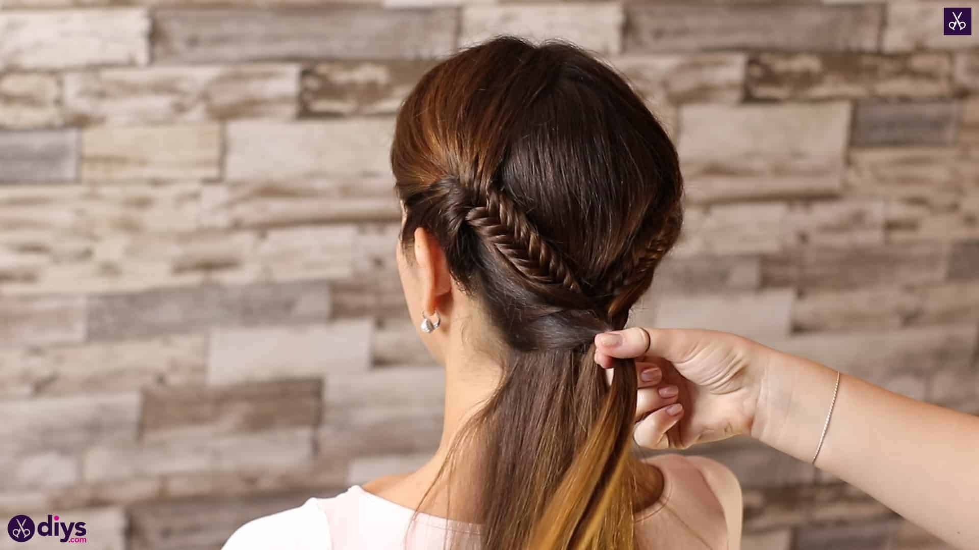 Romantic prom hairstyle tutorial step 4