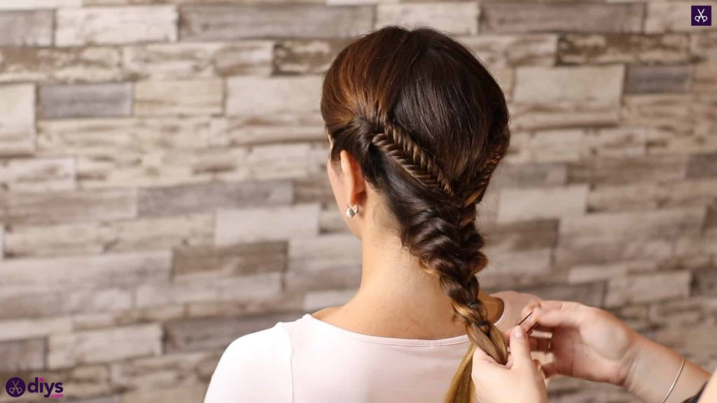 Romantic prom hairstyle tutorial step 4k