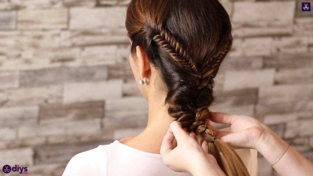 Romantic prom hairstyle tutorial step 5