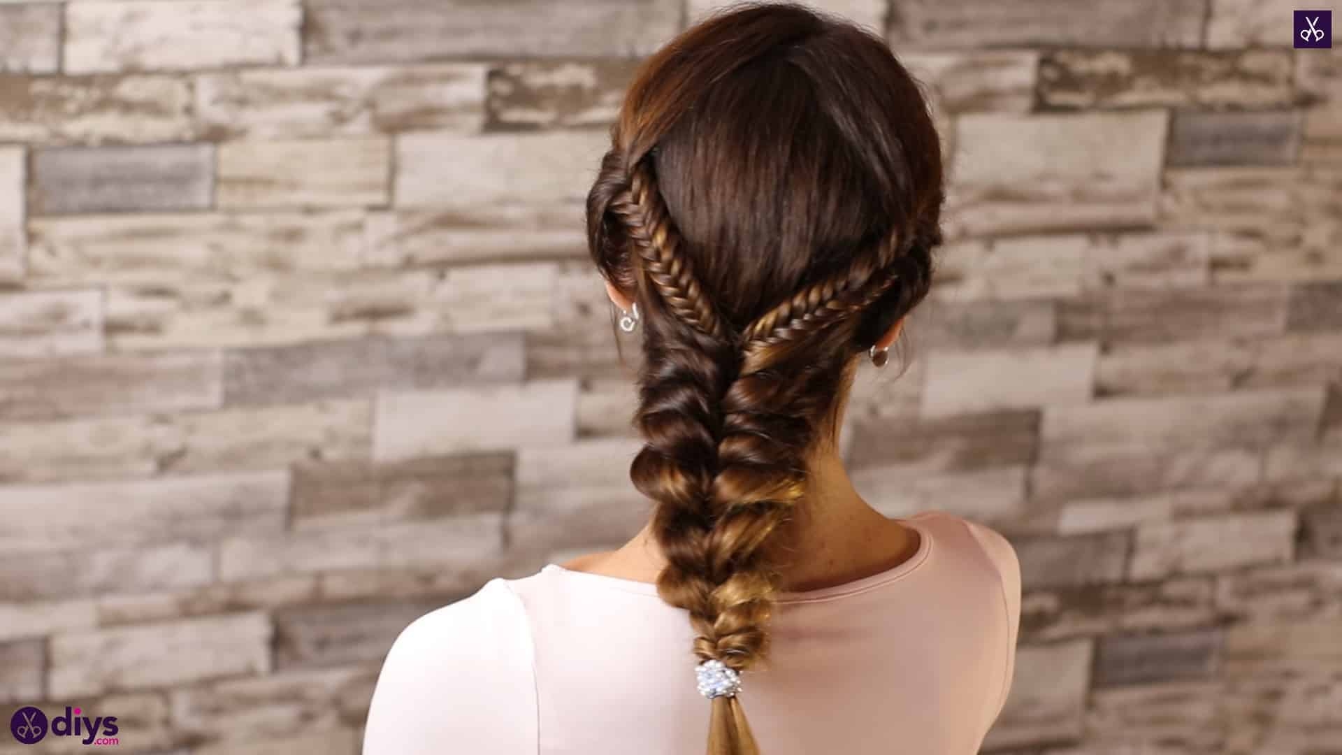 Romantic prom hairstyle tutorial step 5g