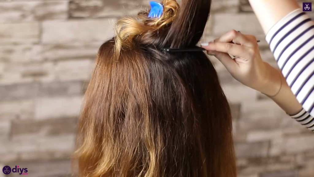 Updo hairstyle for wavy hair 16