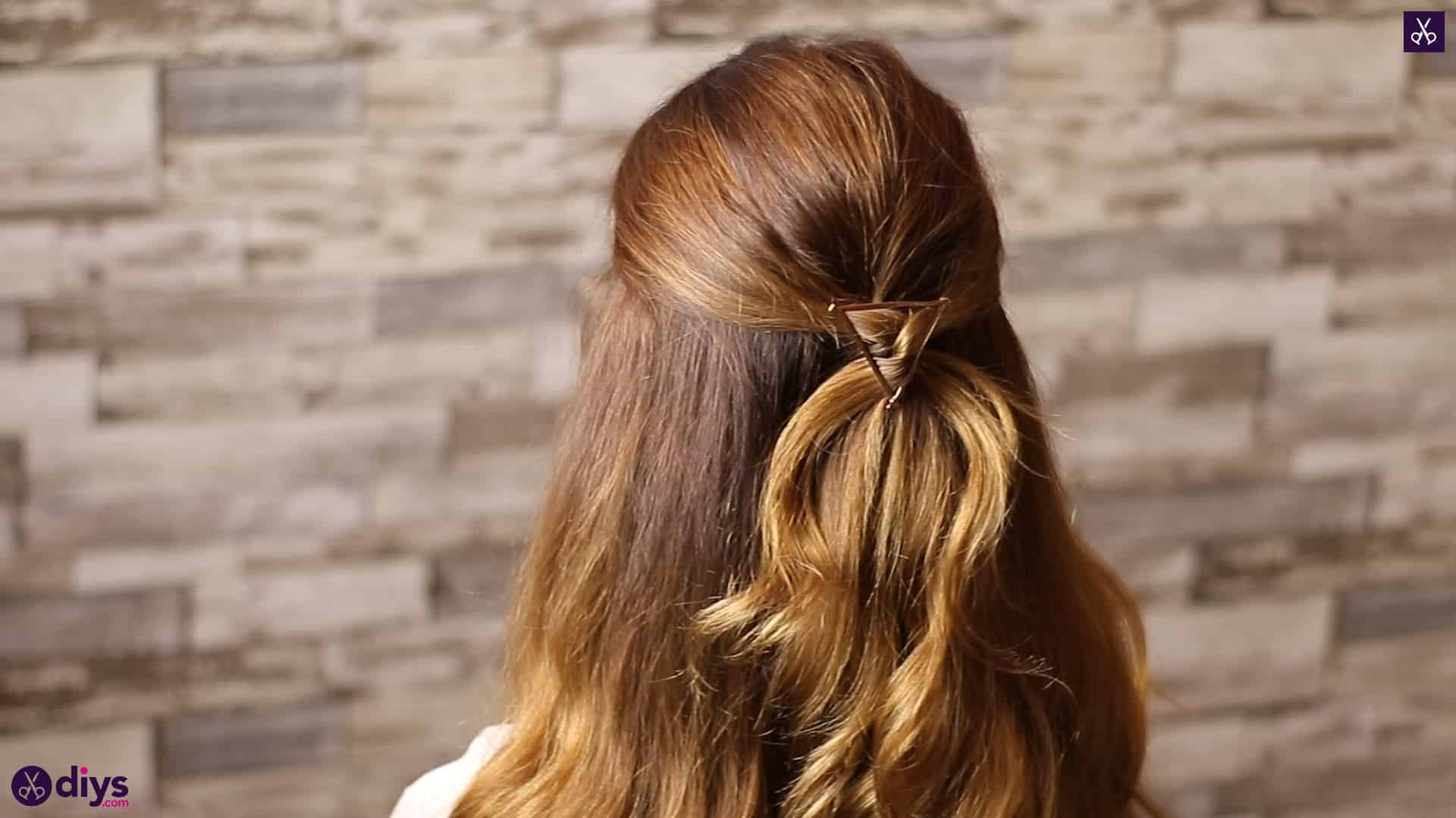 Updo hairstyle for wavy hair 2