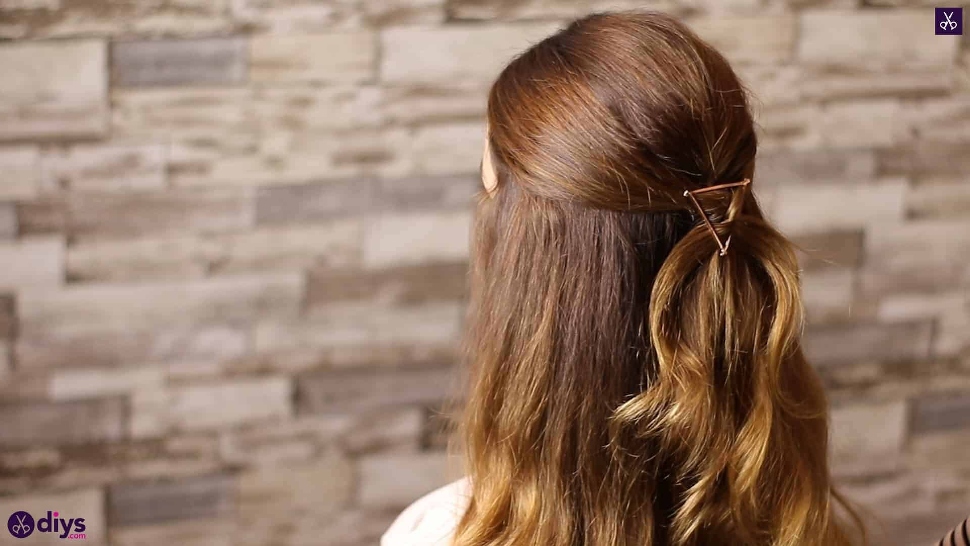 Updo hairstyle for wavy hair 5
